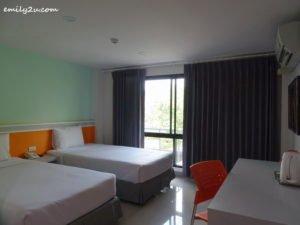 3 Sakura Budget Hotel