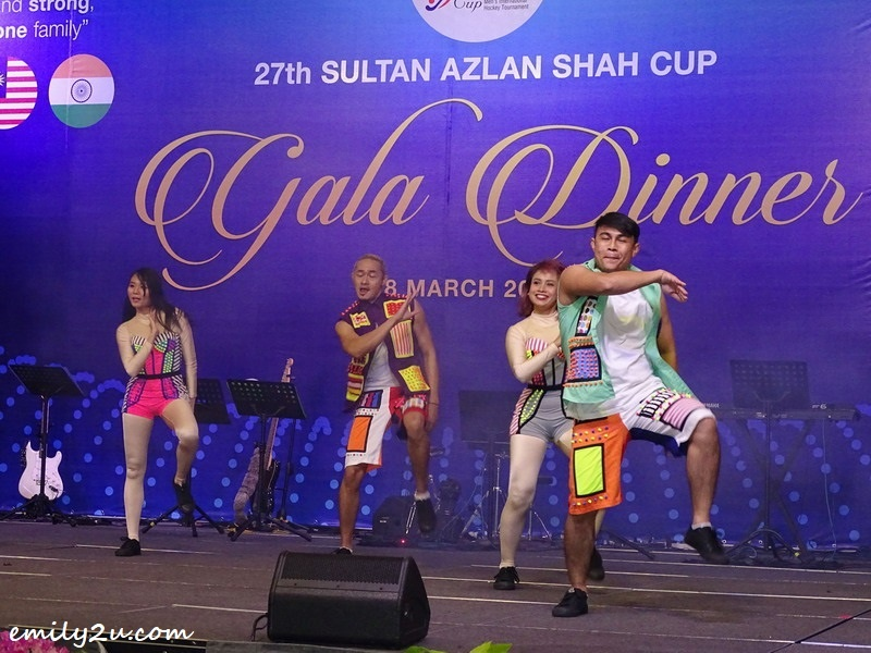 6. energetic dance performance by crew from Movie Animation Park Studios (MAPS)