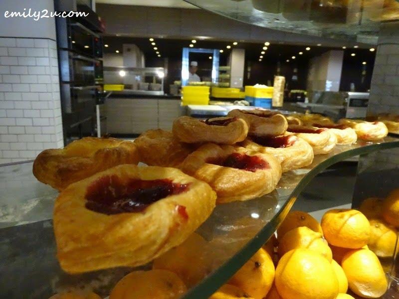 7. pastry