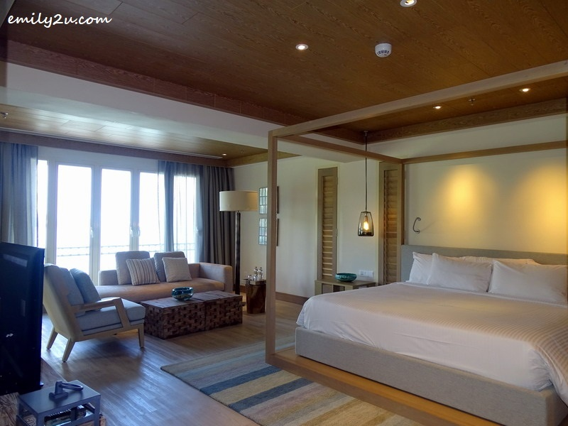 11. Signature Sea View Suite with Spa