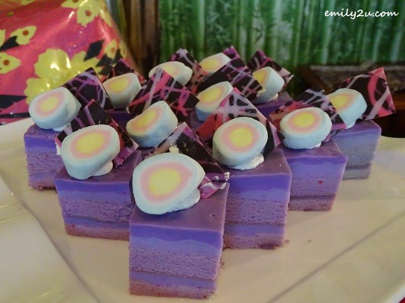16. Cakes