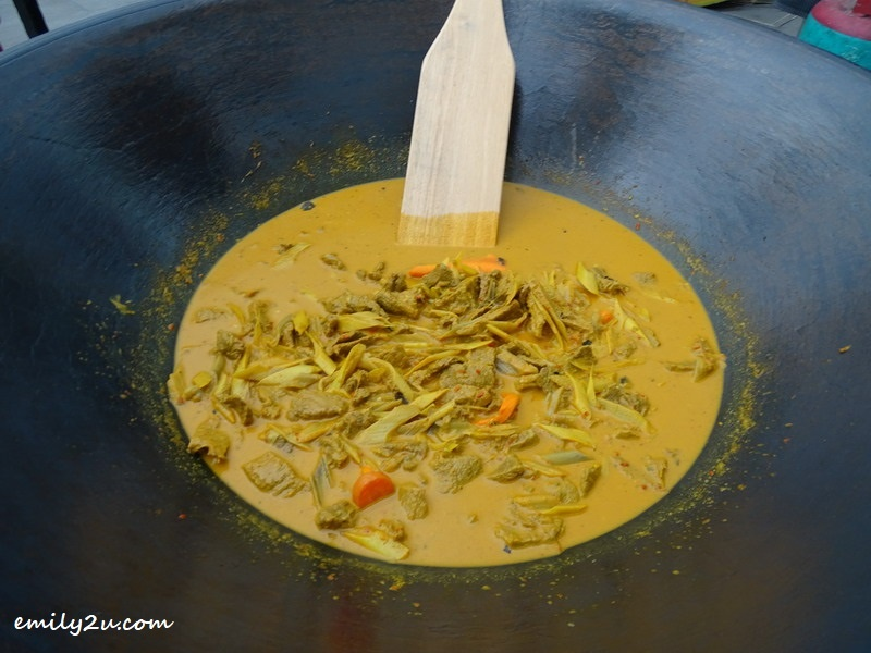 3. Gulai Daging Batang Pinang