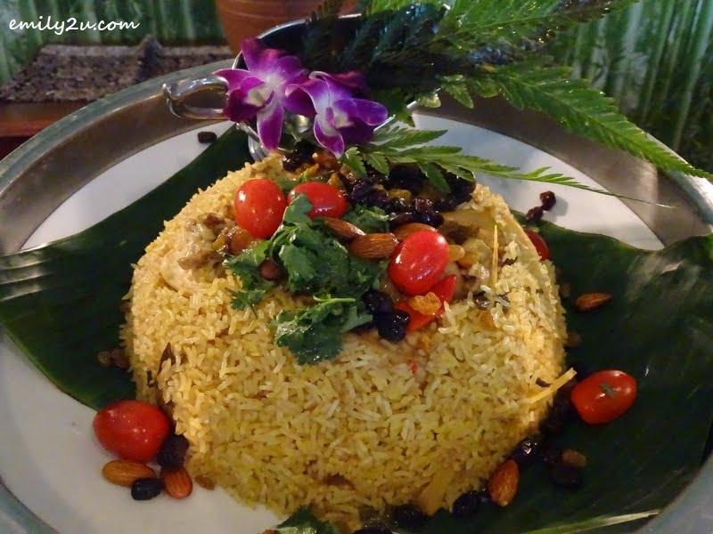 3. Nasi Bukhari