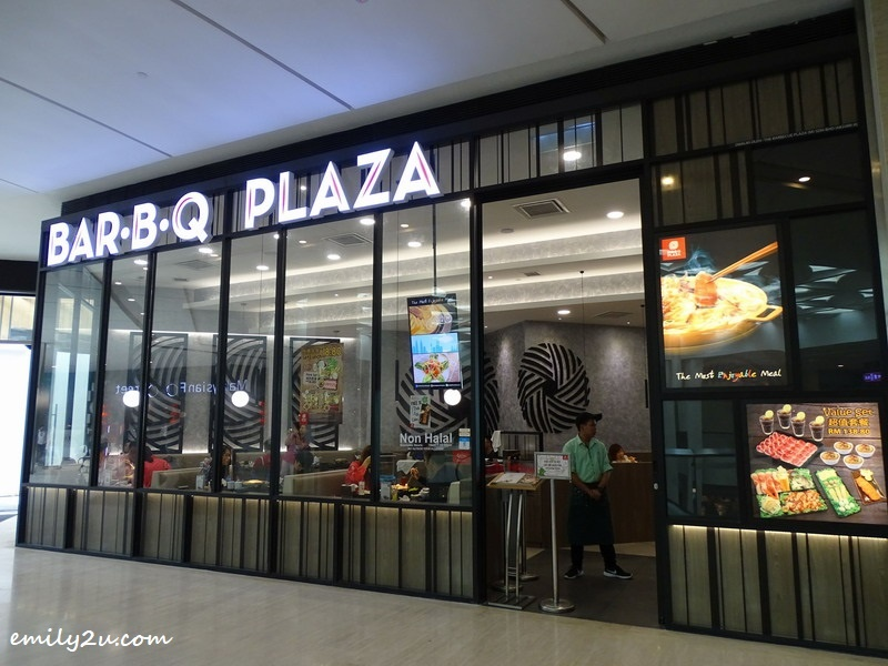 1. Bar.B.Q Plaza, SkyAvenue