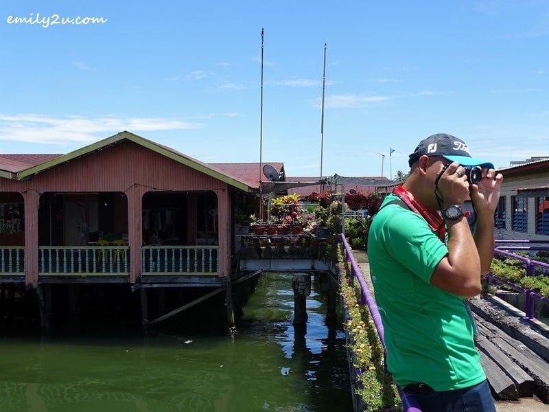 10. Ed plays tourist at Kampung Patau-Patau 1