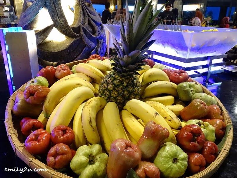 15. fruits platter