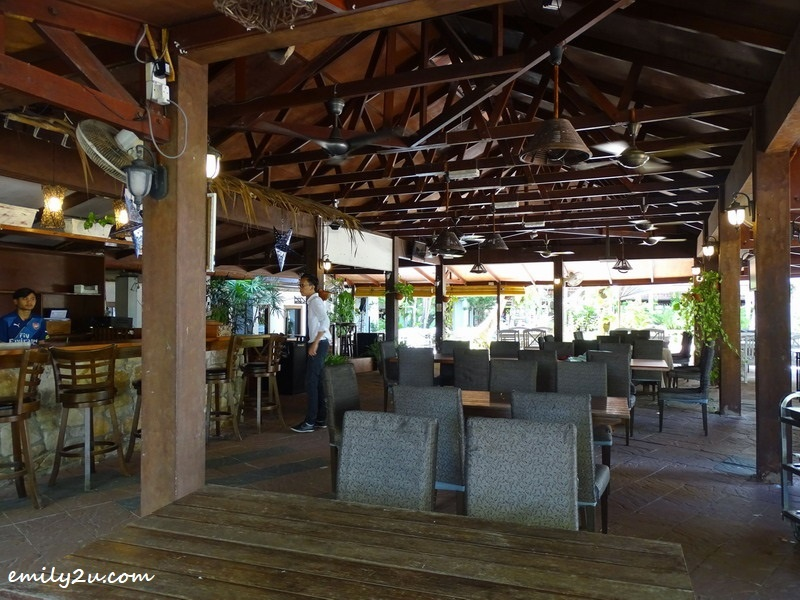 15. dining area