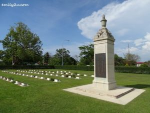 2 Labuan War Cemetery