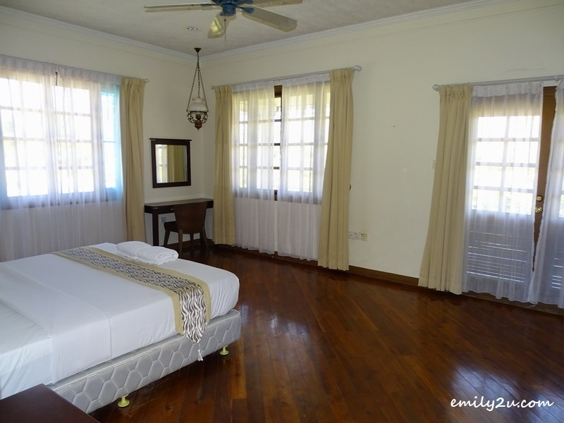 20. villa bedroom