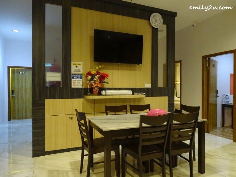 3. dining area