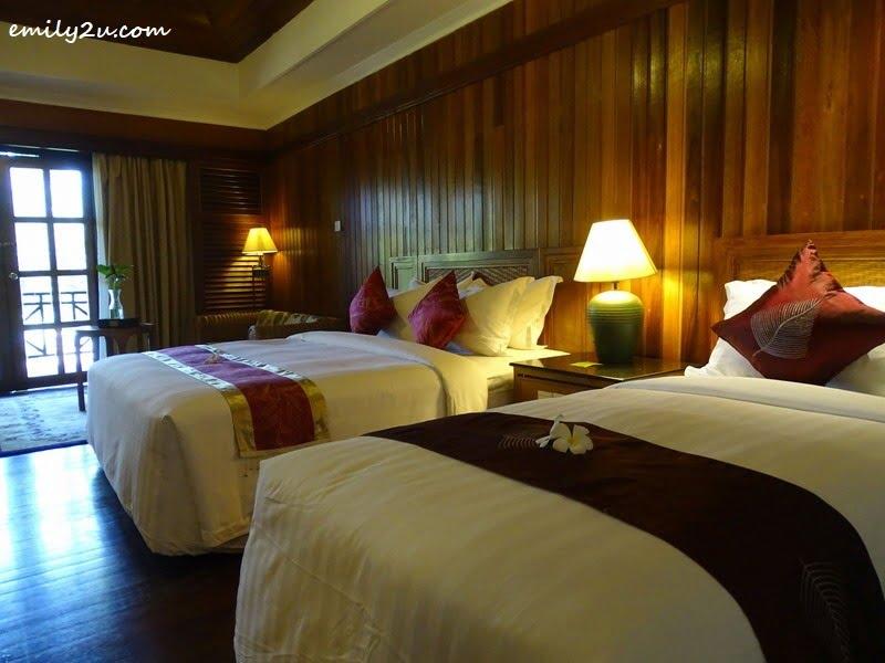4. guest room