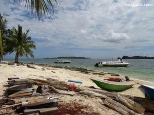 6 Pulau Rusukan Besar
