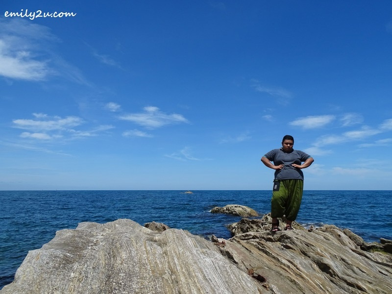 9. Momi model shoots at Pulau Layang-Layangan
