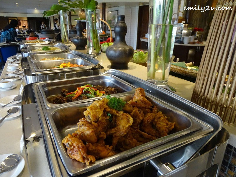 1. the main courses of Impiana Hotel Ipoh Hi-Tea buffet spread