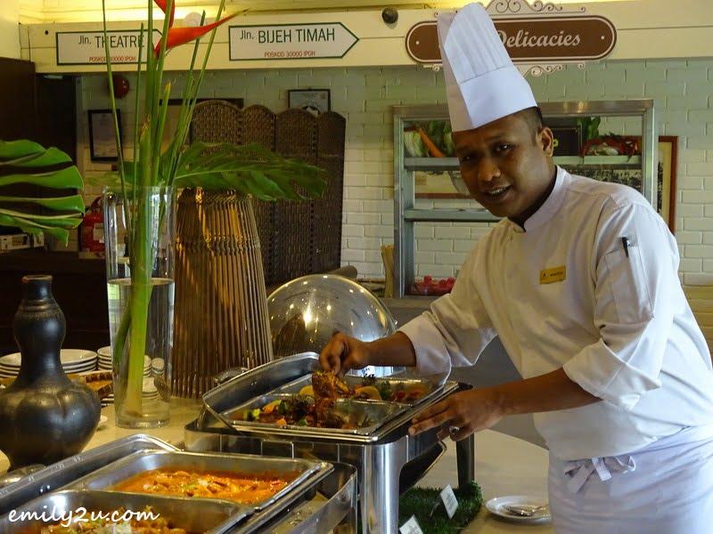 1. Executive Sous Chef Mohd Izhar Khusairie