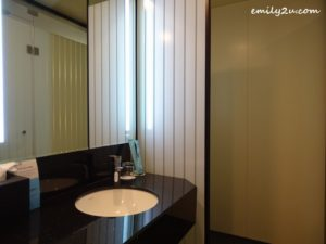 10 Holiday Inn Express Kuala Lumpur City Centre
