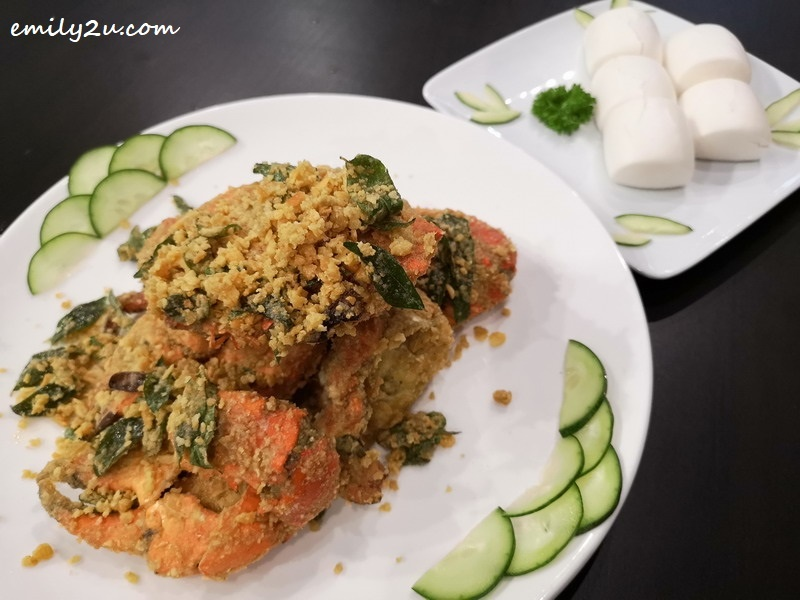 12. Salted Egg Crab with steam man tou (buns)