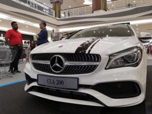 14 CLA 200 Mercedes