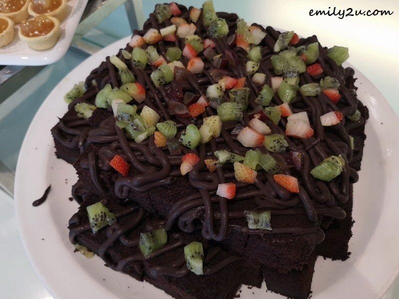 15. Chocolate Moist Cake