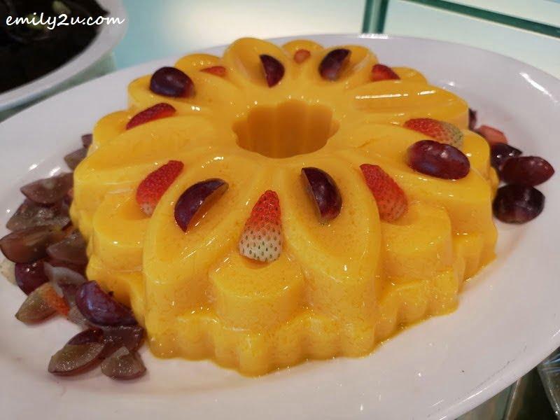 16. Mango Pudding