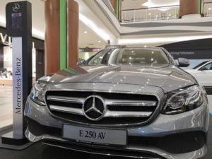 17 E 250 AV Mercedes