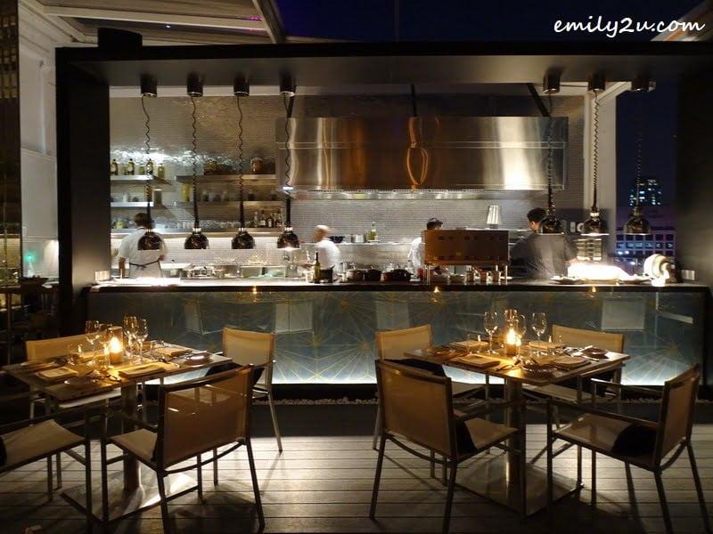 2. cosy rooftop restaurant