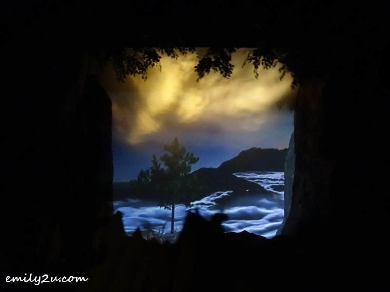 3. an audio visual presentation of Malaysian scenery