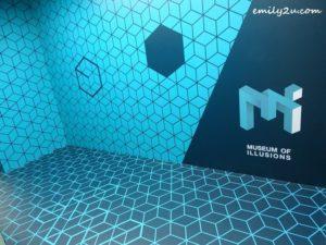 6 Museum of Illusions