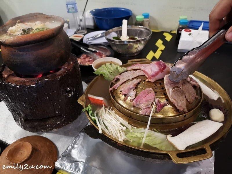 8. Moo Kata self-grilling BBQ