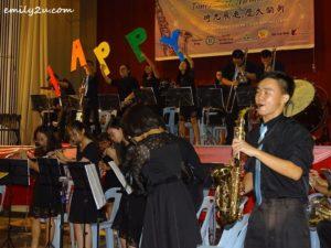 8 Poi Lam Military Band
