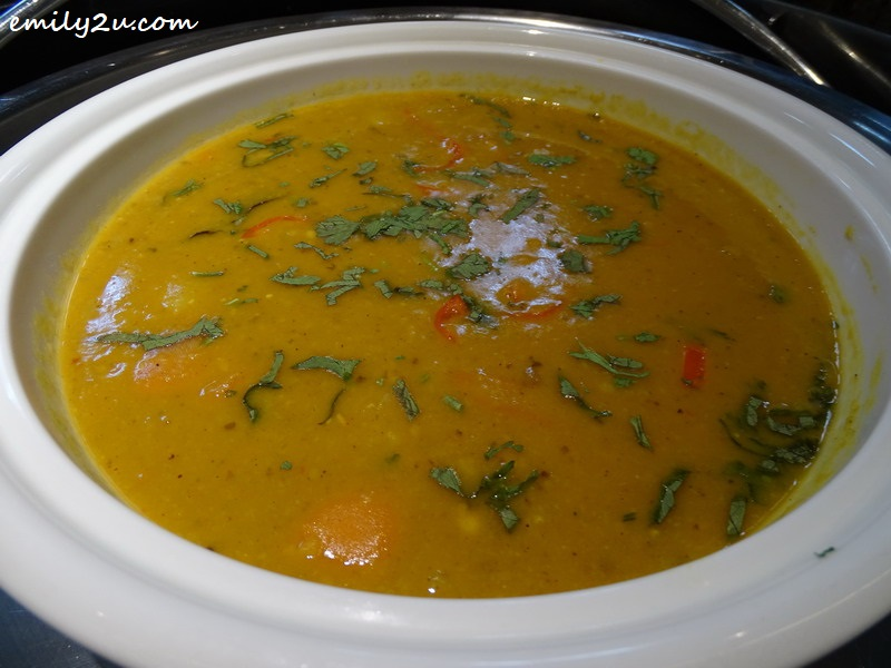 16. Vegetable Dhal Curry