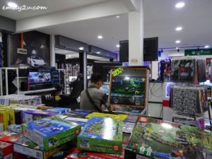 20 Gaming World IT Mall