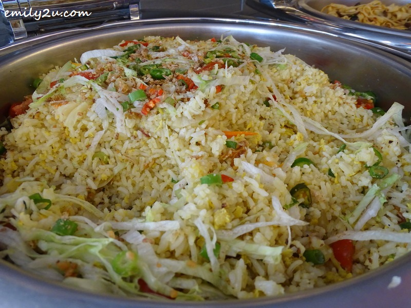 8. Chinese stir-fried rice