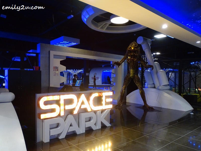3. entrance to Space Park