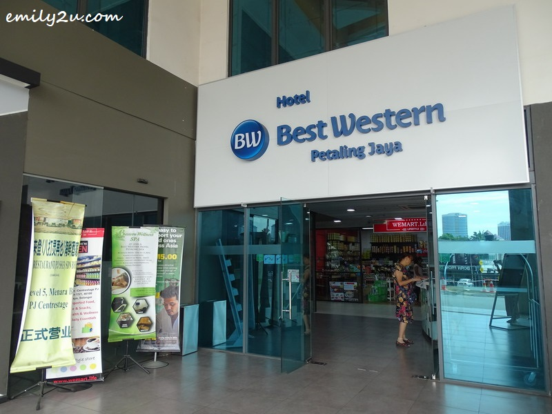 28. entrance of Best Western PJ