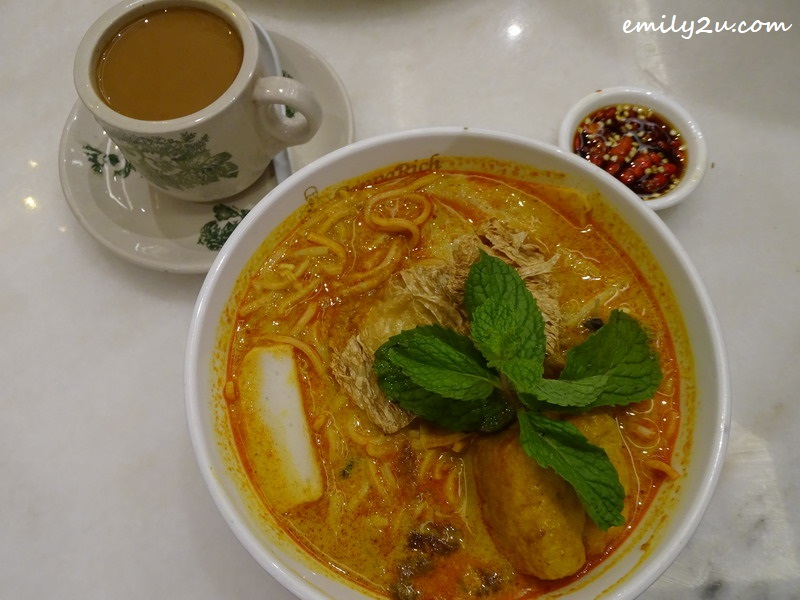 4. Curry Laksa Special with white coffee