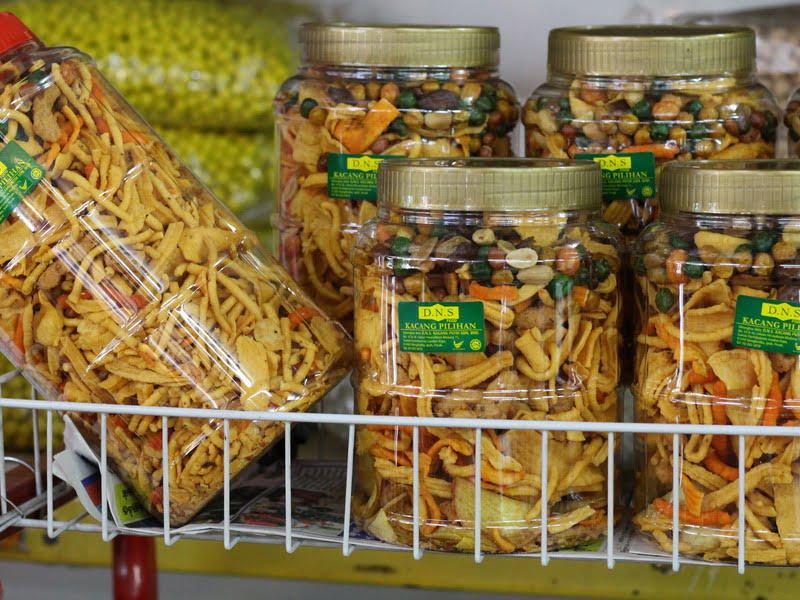 6. various types of kacang putih for sale