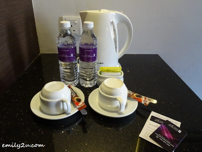 8. in-room coffee & tea-making facilities