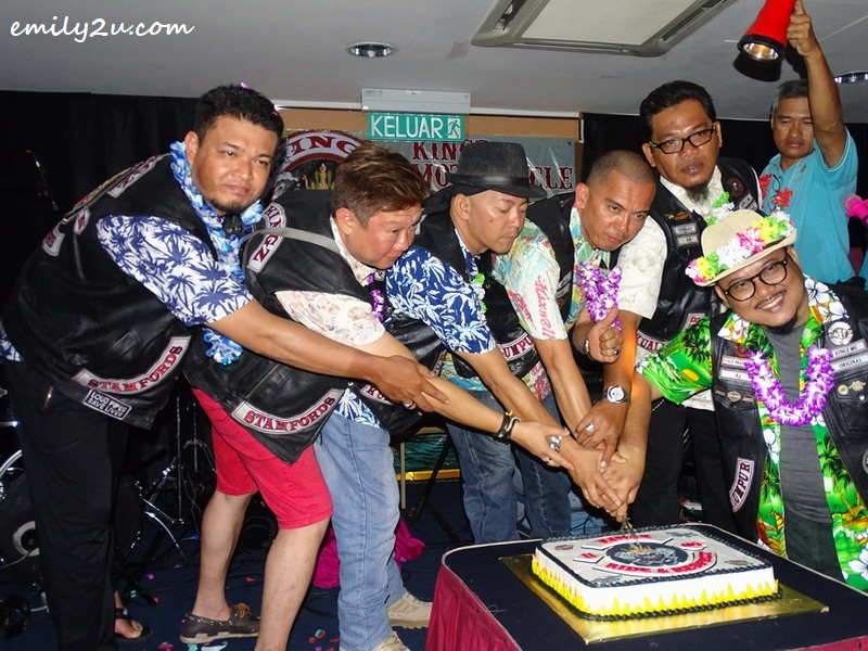 26. cutting of anniversary cake