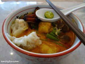 8 Zok Noodle House Curry Noodles