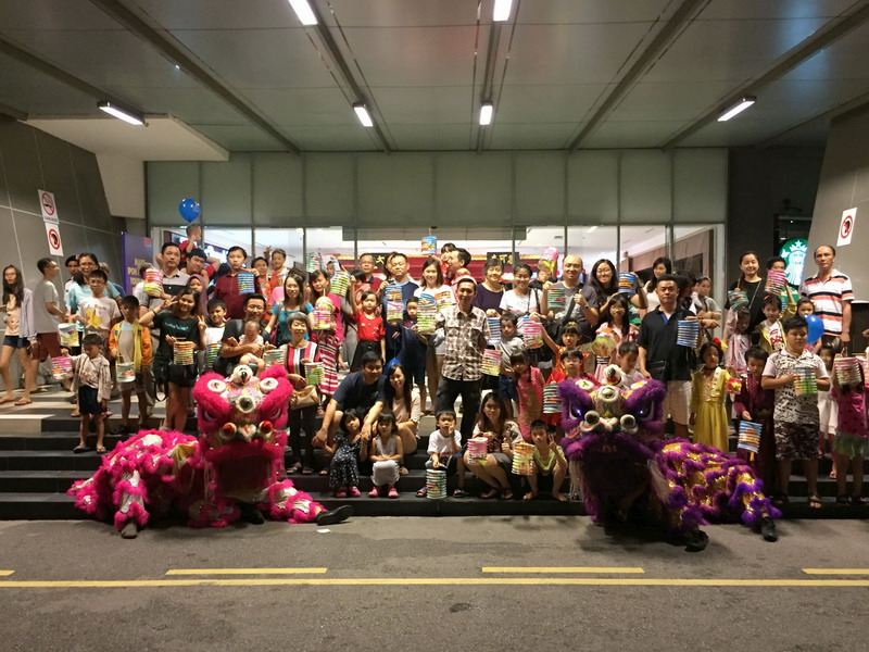 group photo of lantern parade participants