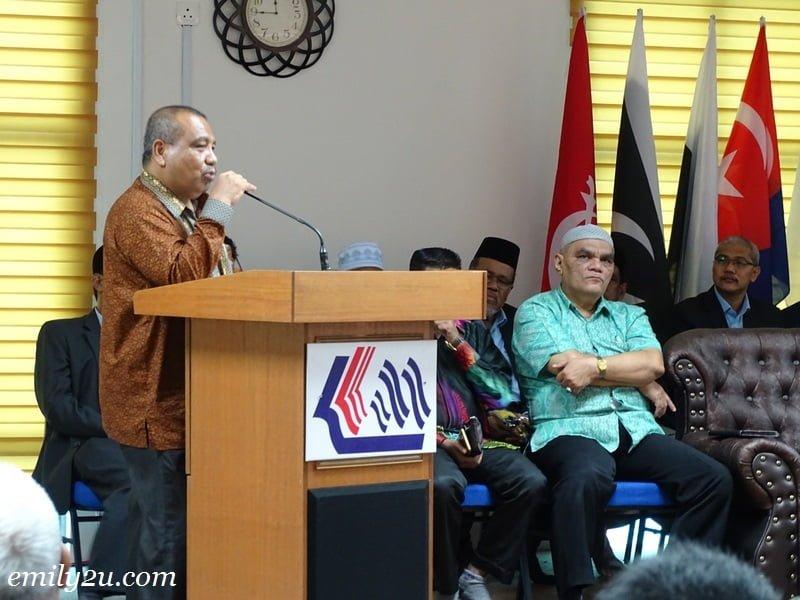 2. President of Persatuan Wartawan Indonesia (PWI) Provinsi Sumatera Utara (Sumut), H. Hermansjah