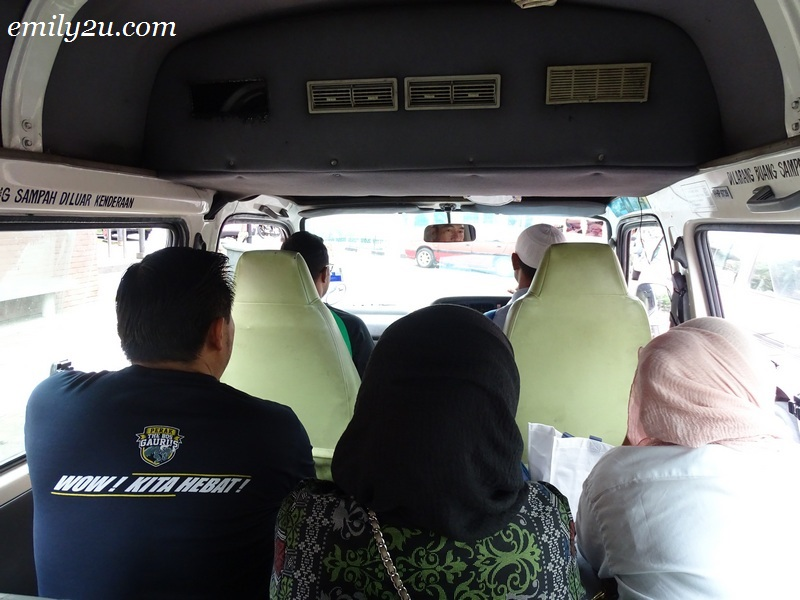 40. maximum 9 passengers in one taxi