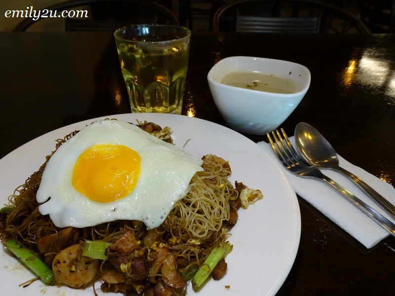 5. Fried Mee Hoon