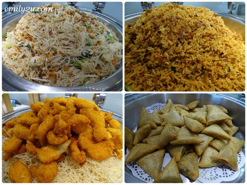 13. L-R clockwise: Singapore fried beehoon, nasi goreng Indonesia, fried samosa & fish finger