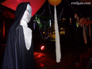7 Halloween Dinner Party