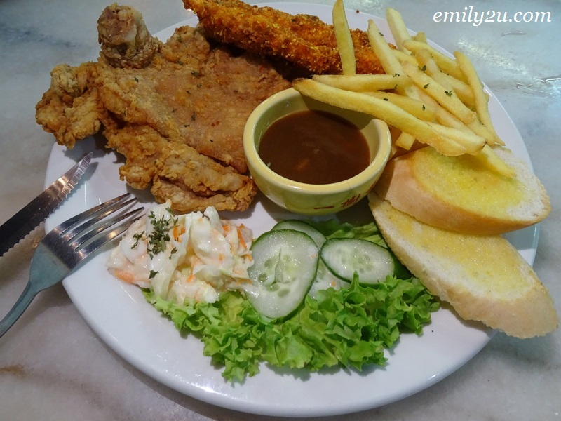 6. Mix & Match platter of Chicken & Fish