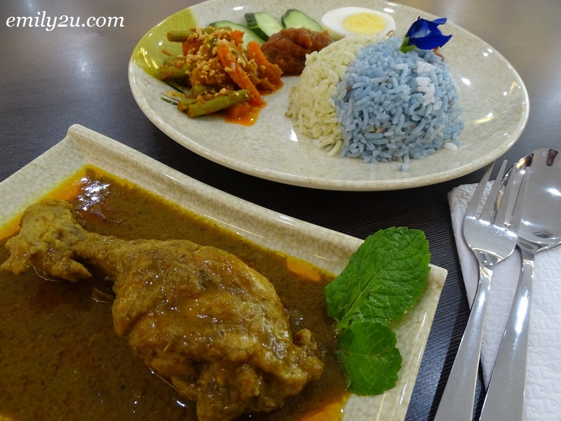 10. Nasi Lemak Curry Chicken