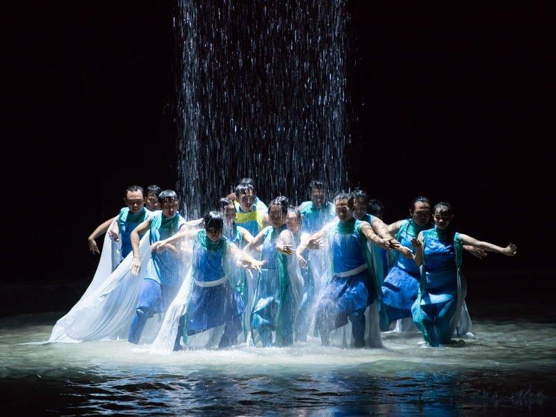 water dance scene