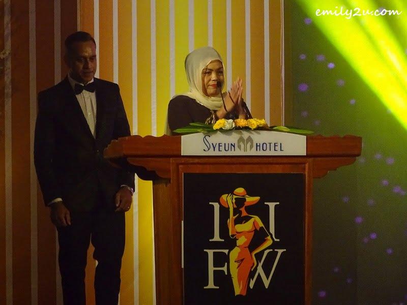 3. IIFW adviser YBhg. Datin Seri Dr Nomee Ashikin Mohammed Radzi in her opening speech